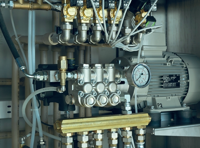 Sistem de presiune inalta pentru spalatorie auto self service