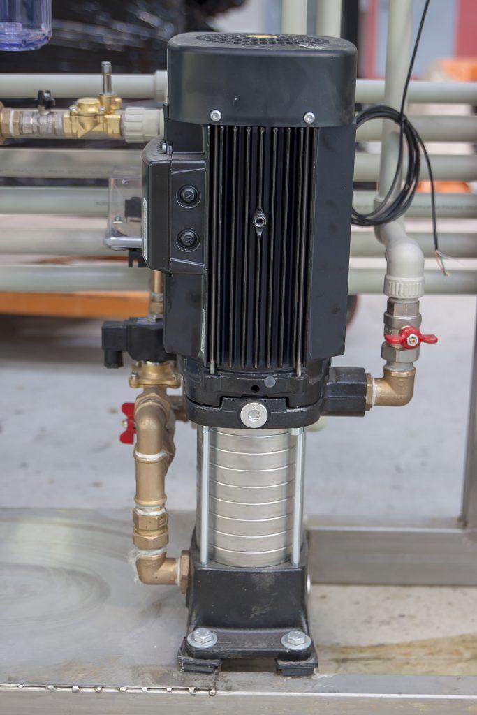 pompa instalatie spalatorie self service