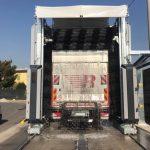 spalatorie automata cu perii pentru camioane